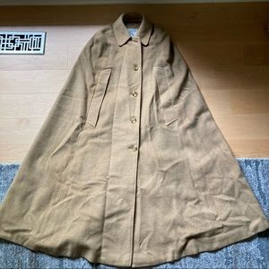 Burberry vintage wool Carmel cape with collar M